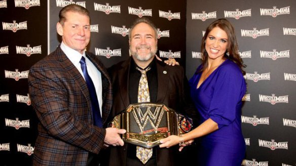 Watch Santa Clara Mayor Jamie Matthews (pictured centered) introduce WrestleMania 31.